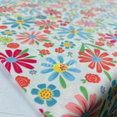 Tricoline Desenho Floral Lindo no Marfim